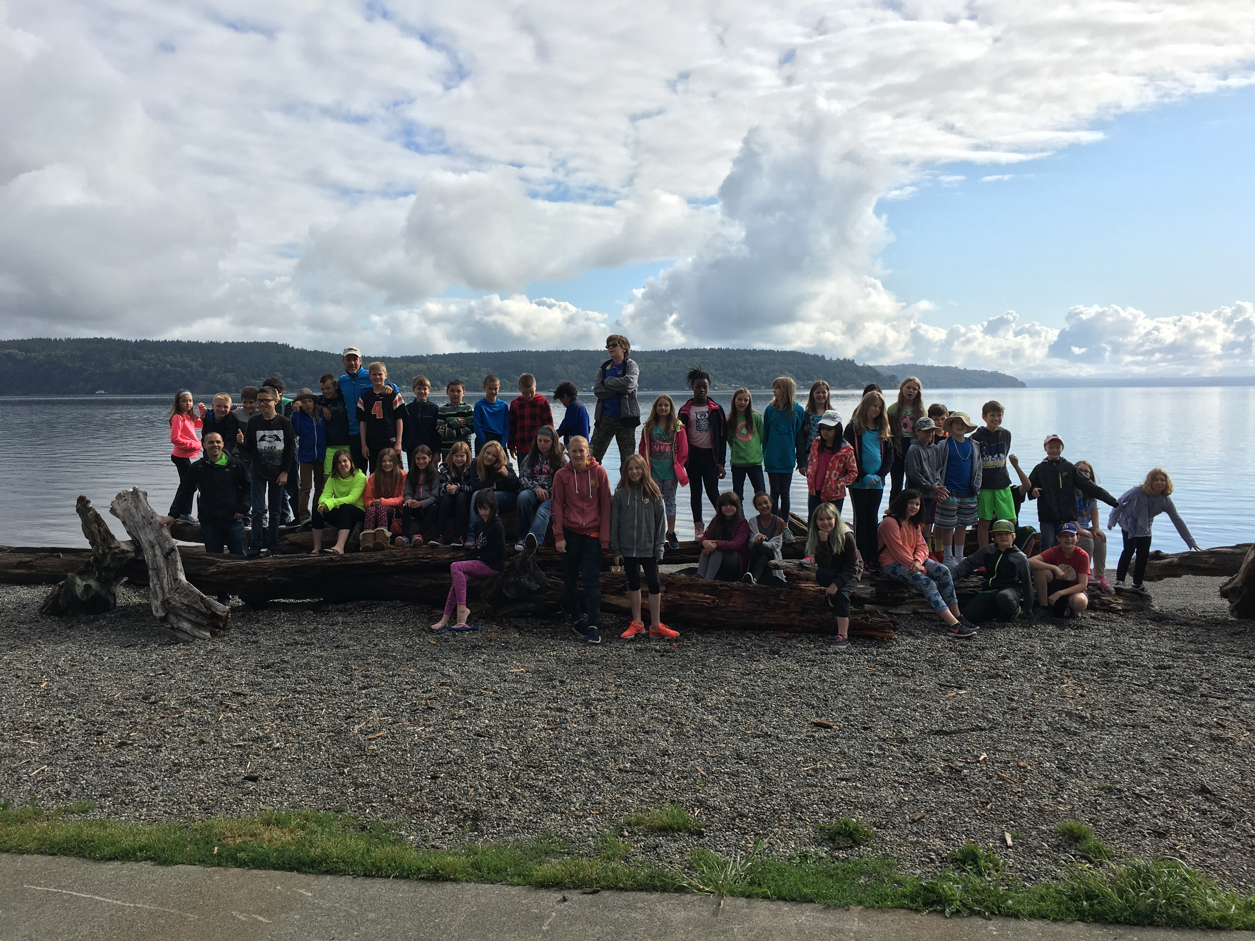 Group photo on the beach at Defiance Park